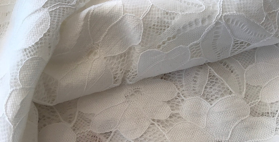 Ivory stretch lace remnant