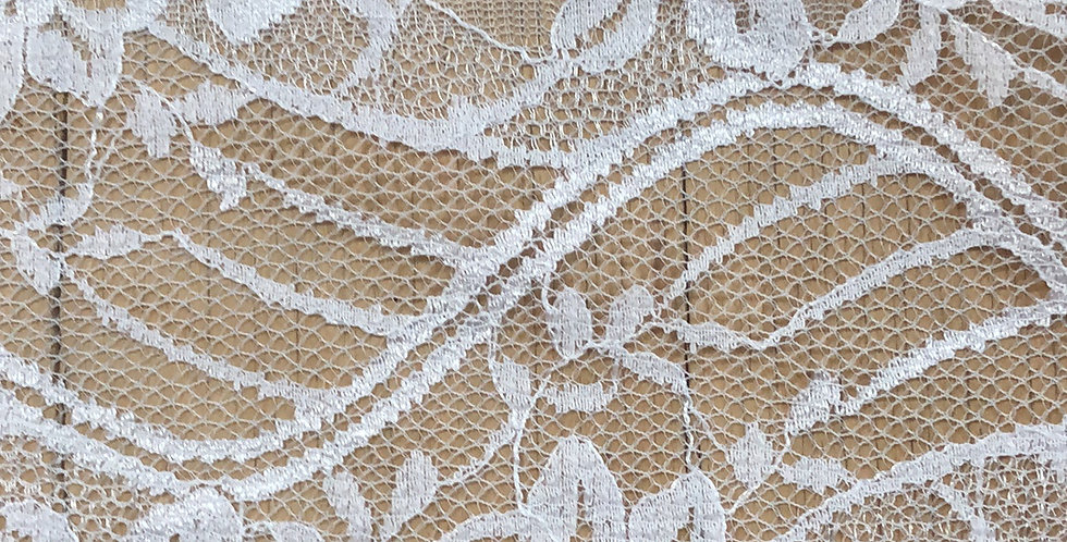 Melody lace trim