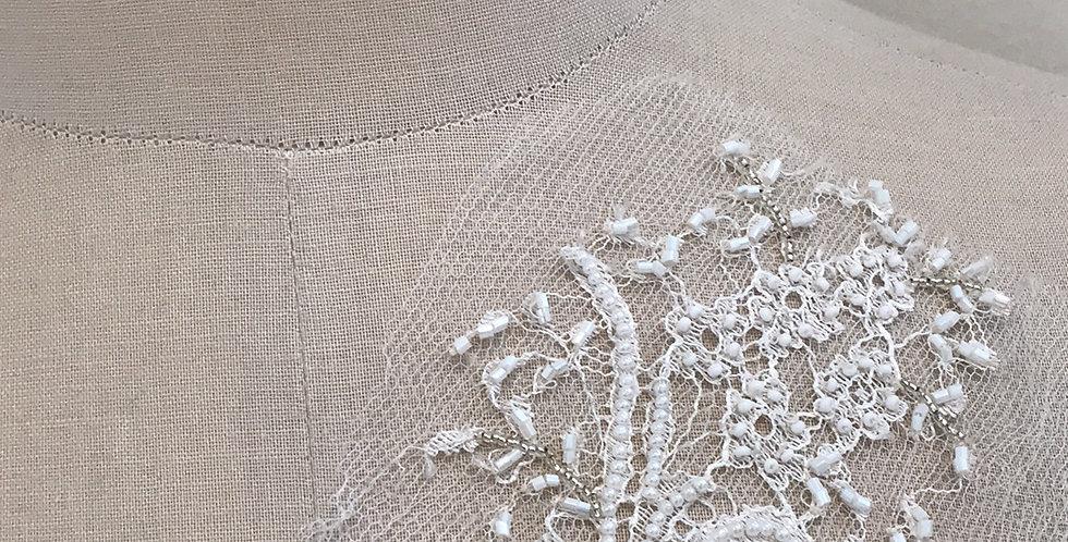 Hope lace motif