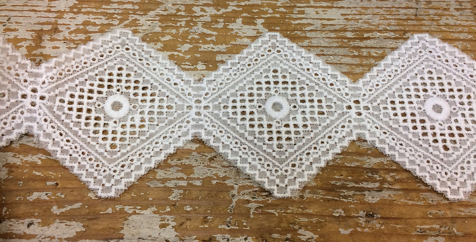 Embroidered Diamond cotton lace trim