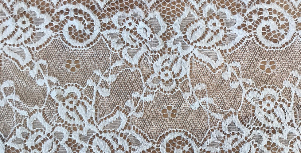 2.8 metres Delilah stretch lace ivory