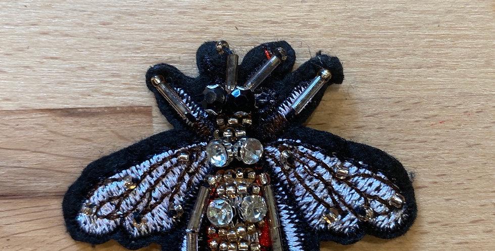 Field bee motif