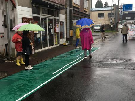 よしゃれ通り商店街 歩道幅拡張による道路実験を行いました