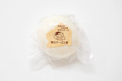みどりのチーズ 芽吹 (スカモルツァ)