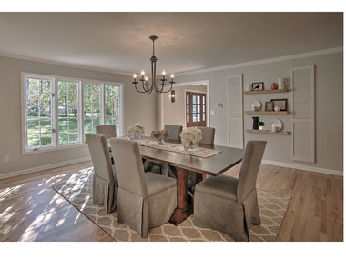 Staged dining room in Mendham, NJ