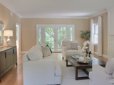 Staged living room in New Vernon, NJ