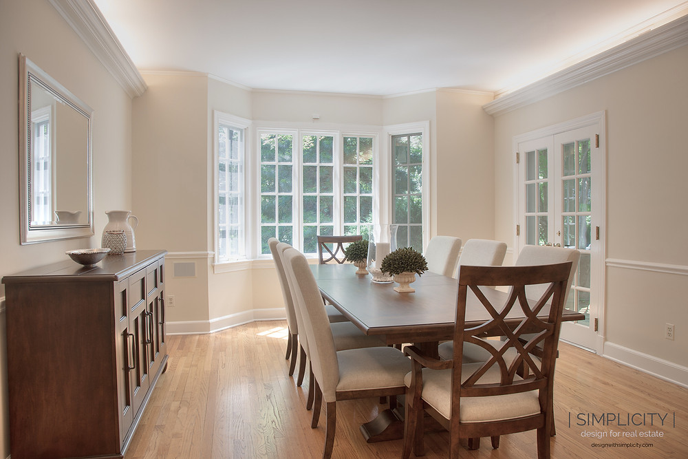 staged Pottery Barn style dining room