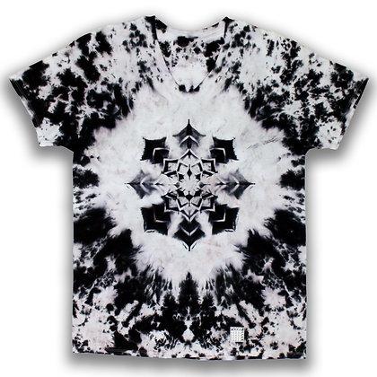 Black Mandala V-neck - XL