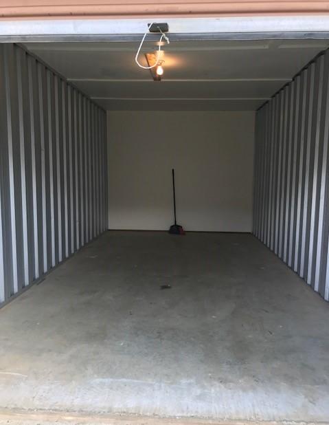 10 x 20 Storage Unit
