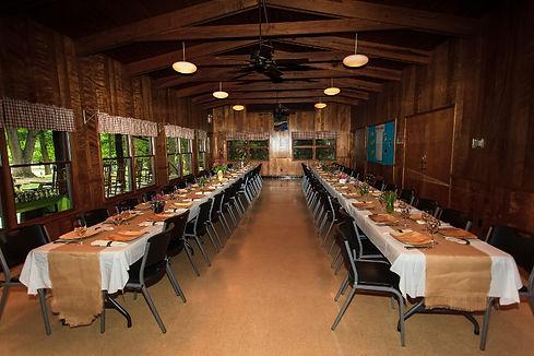 Amy-and-Greg-Wedding-Dining-Hall-800x533
