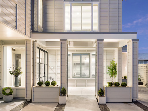 Beachfront build bursts with warmth & character