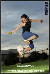 Laura BIONDO - Lala - Freestyler - 005 - www.freestyleworldfootball.com.jpg