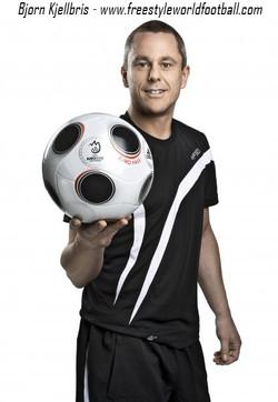 Bjorn Kjellbris - 001 - www.freestyleworldfootball.com.jpg