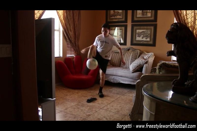 Borgetti - 001 - www.freestyleworldfootball.com.jpg