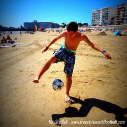 MaxStylBall - 004 - www.freestyleworldfootball.com.jpg