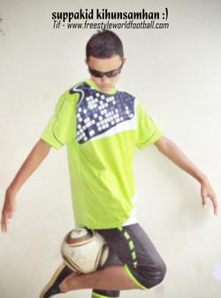 Tif - 002 - www.freestyleworldfootball.com.jpg