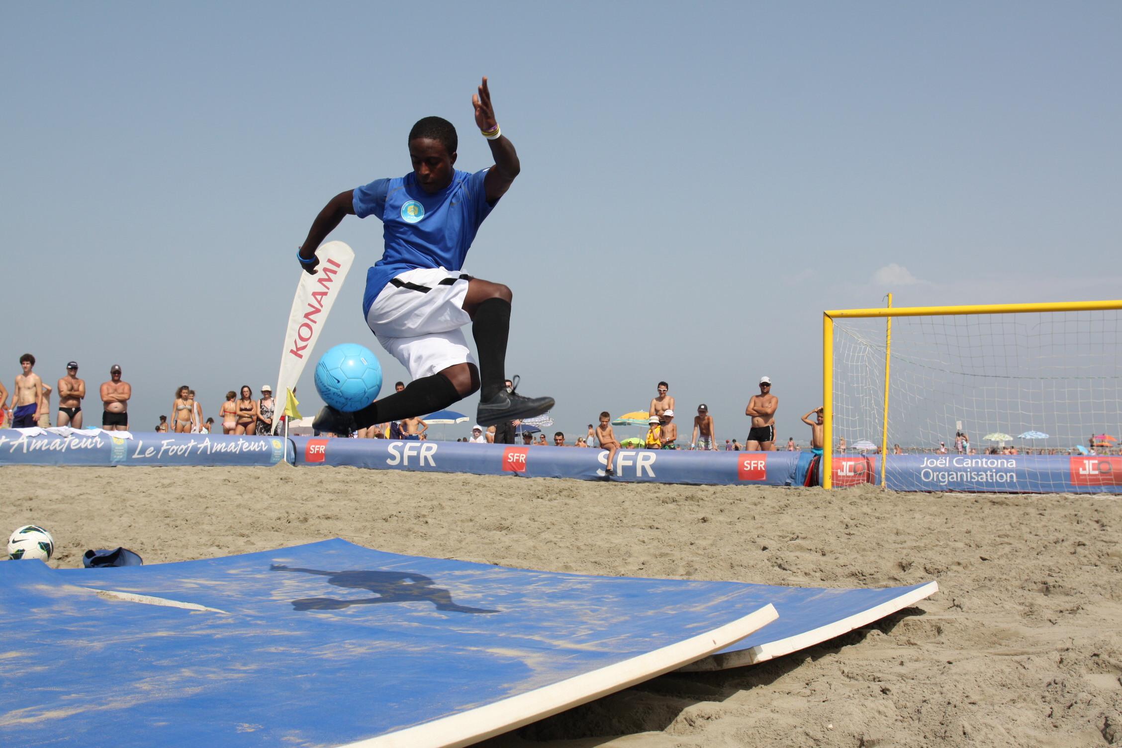 www.freestyleworldfootball.com.JPG