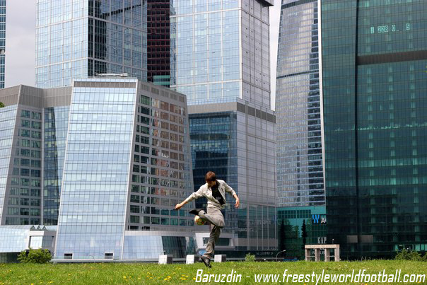 Baruzdin - 003 - www.freestyleworldfootball.com.jpg