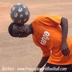 dechico 001 - www.freestyleworldfootball.com.jpg