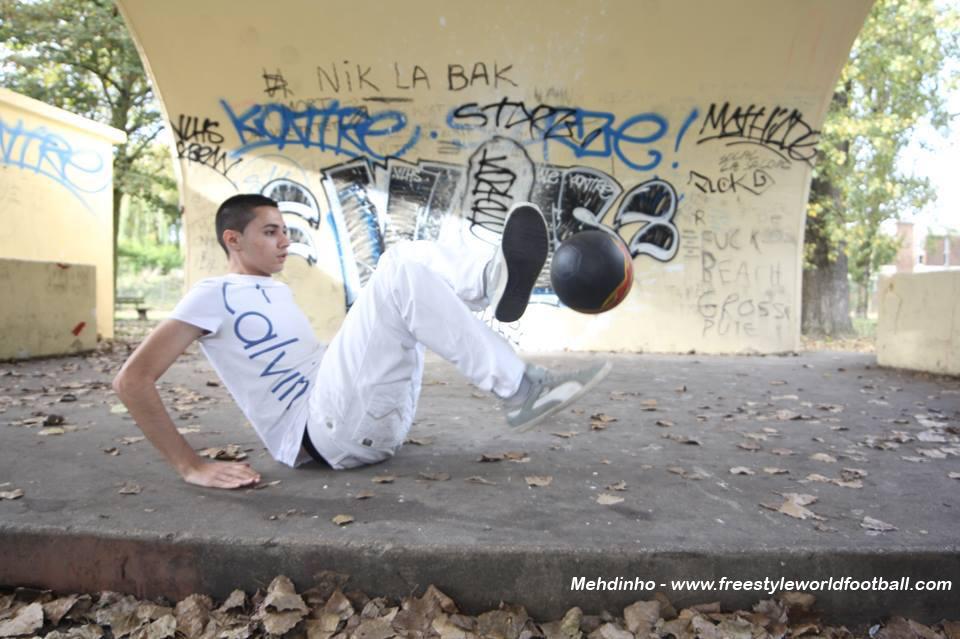Mehdinho - 004 - www.freestyleworldfootball.com.jpg