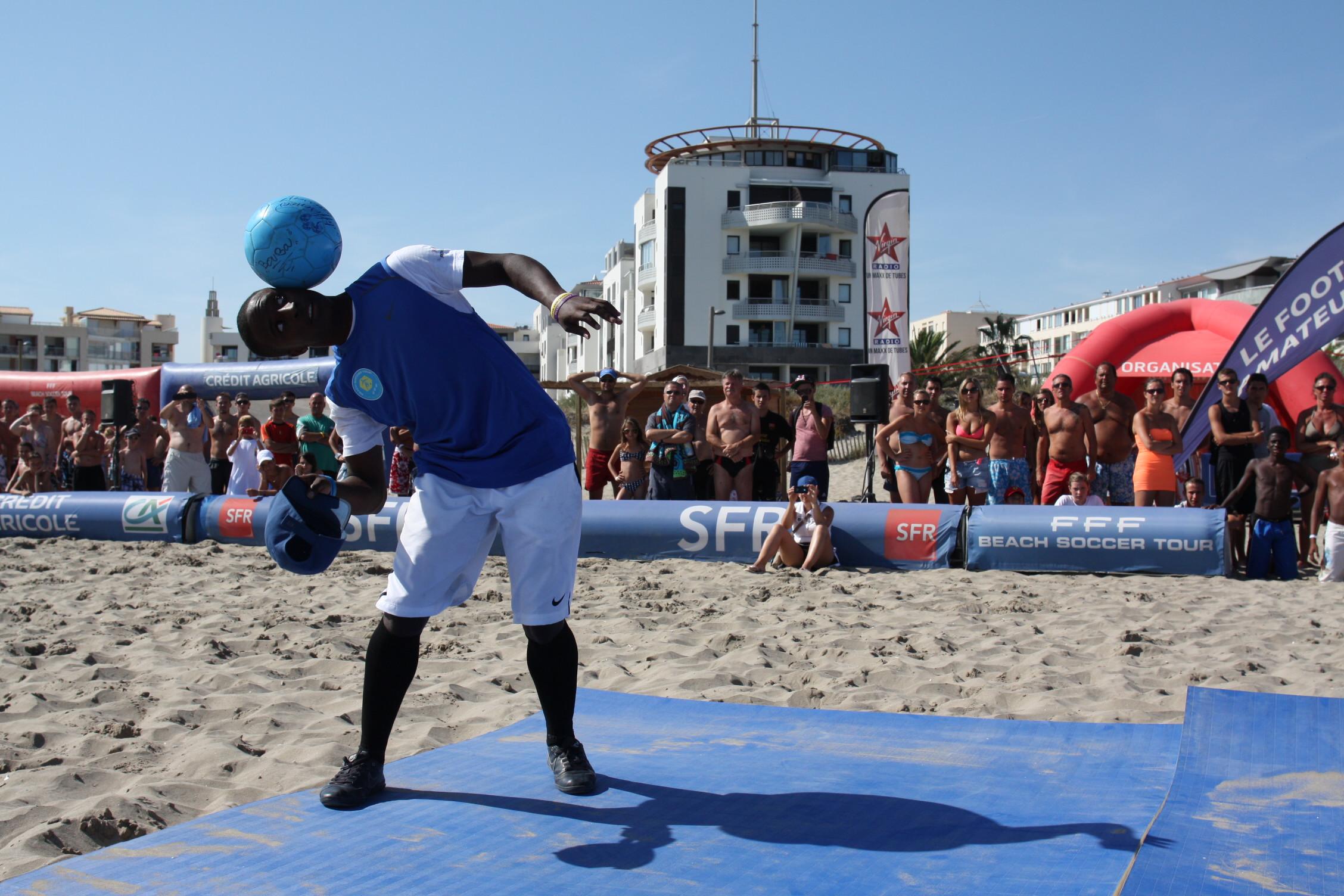 Boubou 001 - www.freestyleworldfootball.com.JPG