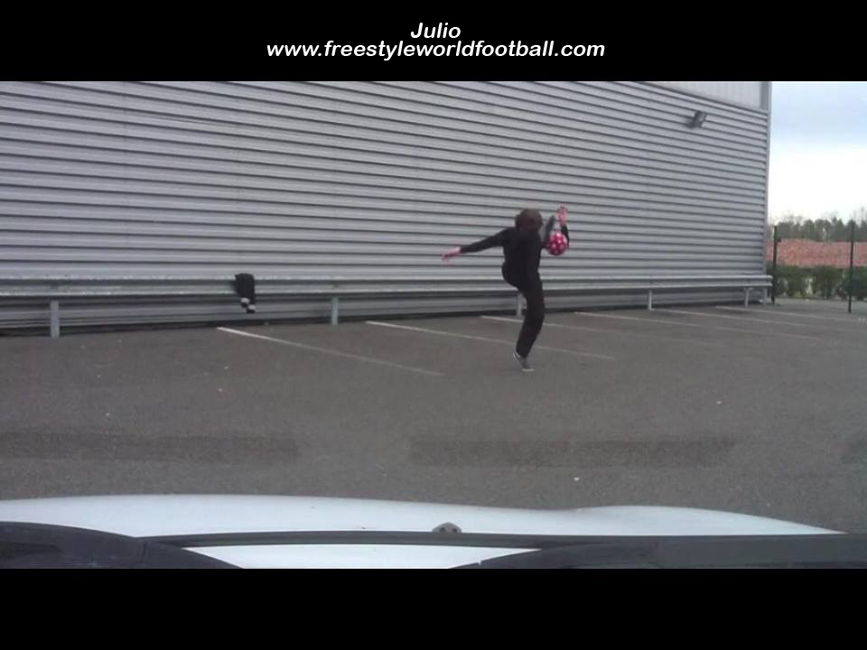 Julio - 001 - www.freestyleworldfootball.com.jpg