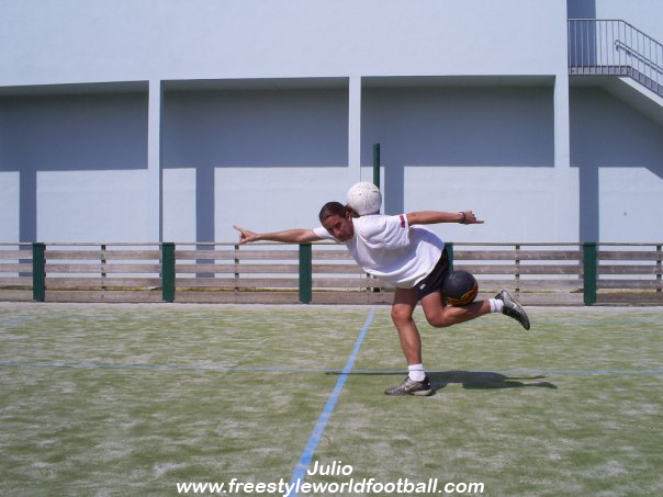 Julio - 004 - www.freestyleworldfootball.com.jpg