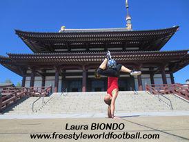 Laura BIONDO - Lala - Freestyler - 003 - www.freestyleworldfootball.com.jpg