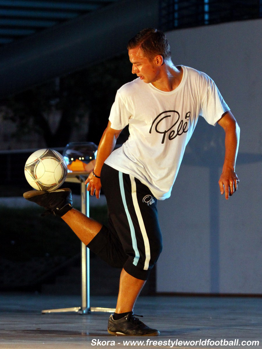 Skora - 001 - www.freestyleworldfootball.com.jpg