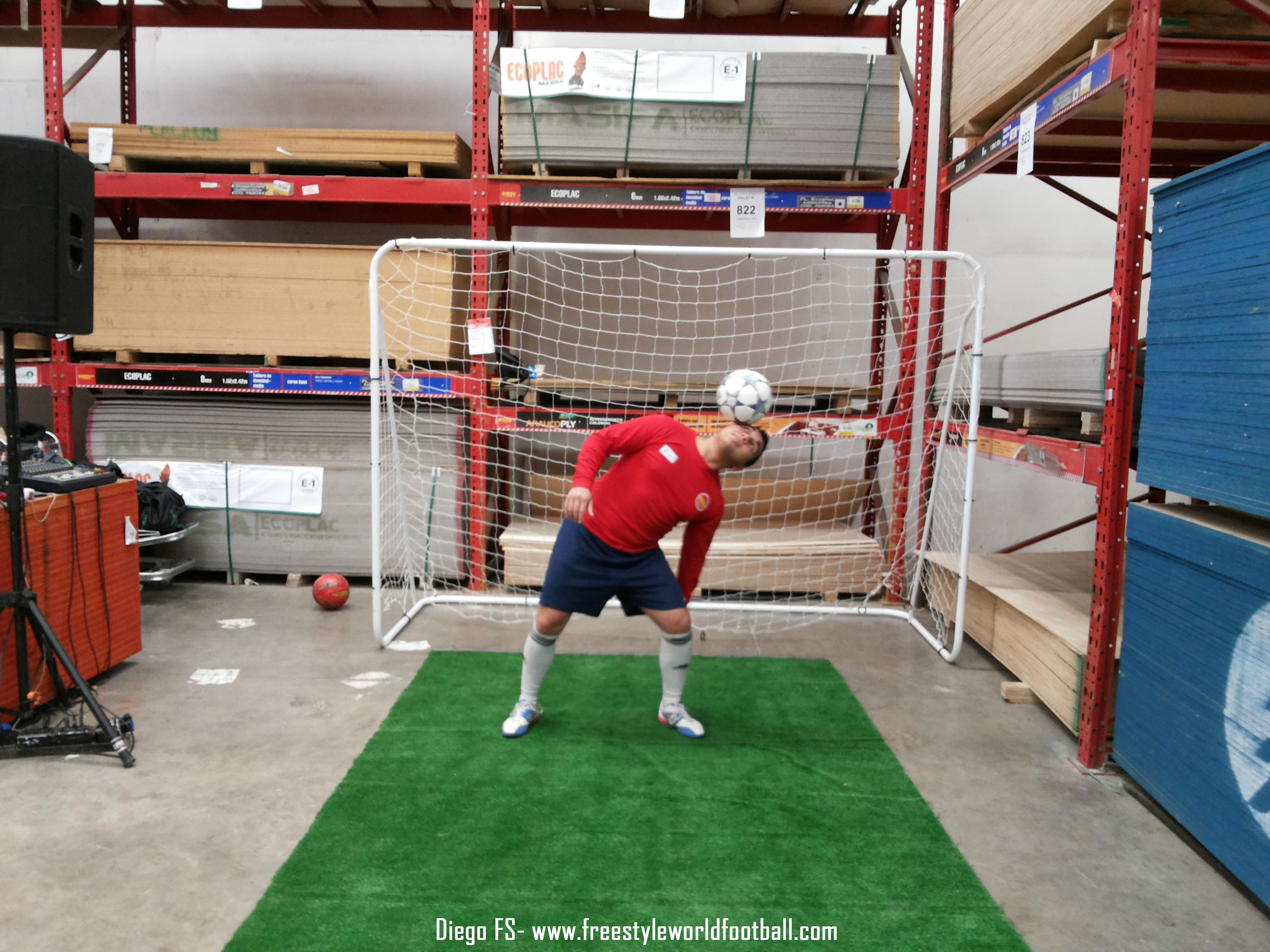 DIEGO FS - www.freestyleworldfootball.com - 001.jpg