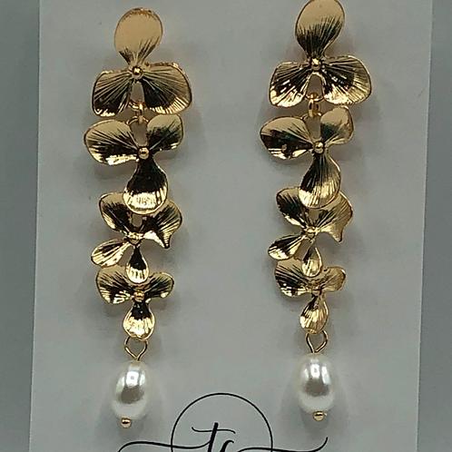 Gold Flower Pearl Earring