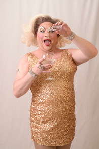 Sally Vate Drag artiste