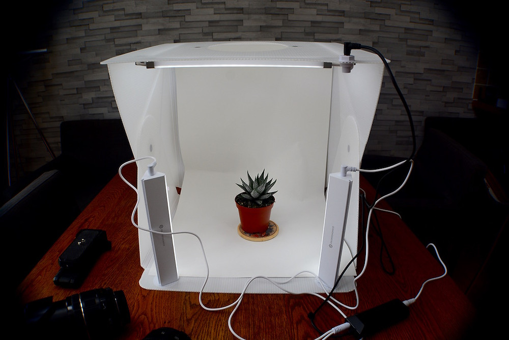 Easily usable lightweight Lightbox to capture your products or valuable objects or products for your business