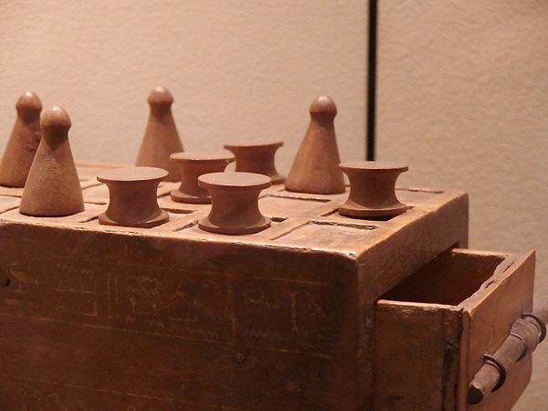 Jeu de Senet (Aseb) du musée Egizio de Turin