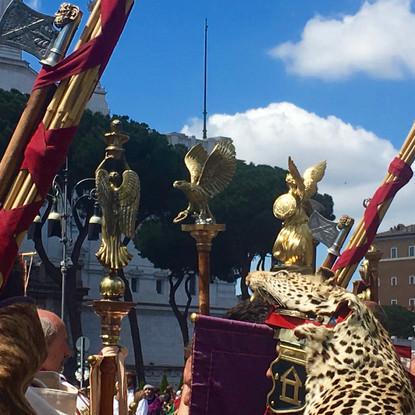 La fondation de Rome - devant la statue de Trajan (fora impériaux)