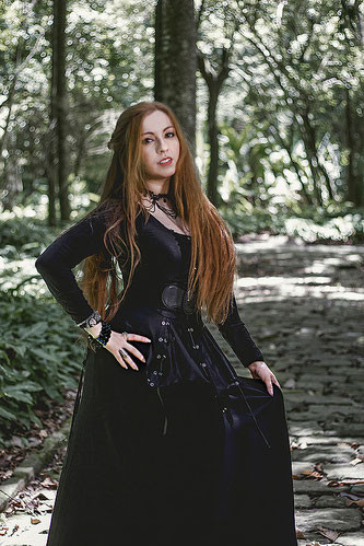 Aline Happ from the Symphonic Metal band Lyria