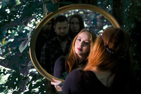 Lyria band