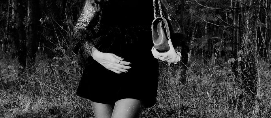 FASHION LOOK : MINI DRESS VELVET WITH LACE BLACK