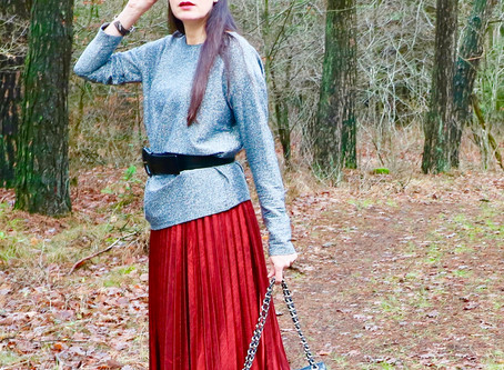FASHION STYLE : TRENDY RED SKIRT