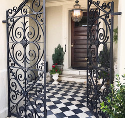 Charleston Entryway
