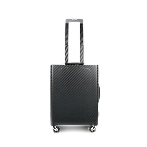 Sinossi Cabina S carbon fiber