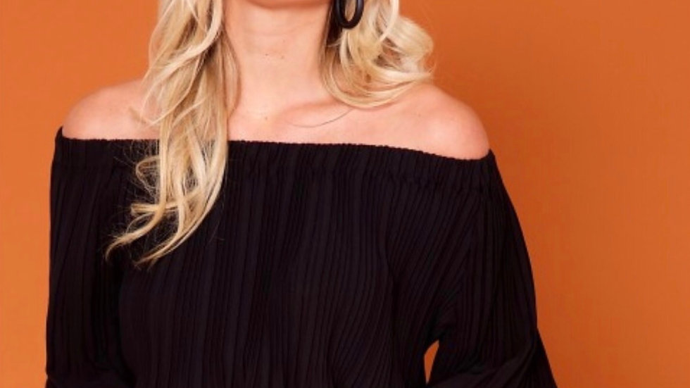 QUIN - RED PLEATED OFF SHOULDER TOP