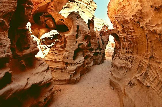 white canyon neptune dahab.jpg