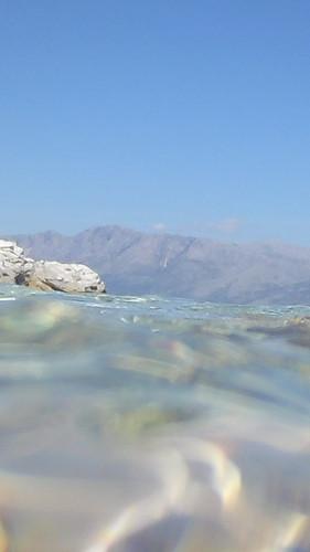 crystal clear waters - κρυστάλλινα νερά