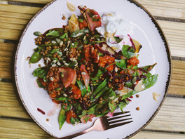 Roasted tomato and lentil salad