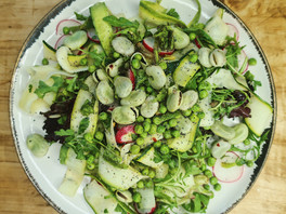 Raw courgette and bean salad
