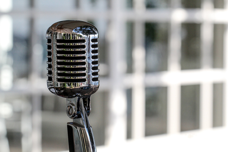 microphone-5340340.jpg