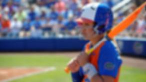 Florida-Gators-softball-player-Nicole-De