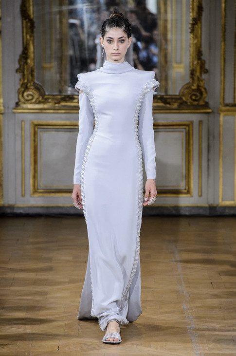 20_Couture_aw_17_18.jpg