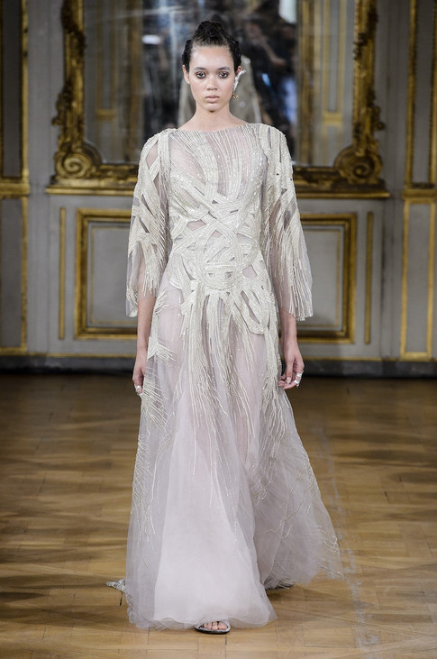 30_Couture_aw_17_18.jpg